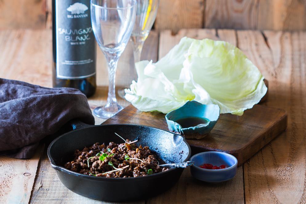 stir-fried-black-bean-chicken-in-lettuce-cups-with-big-banyans-sauvignon-blanc-2